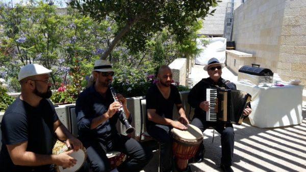 מוסיקה לאירועיים עסקיים עם כליזמרים ירושלמים